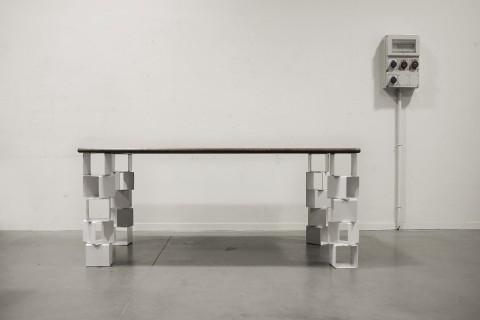 Table design plateau en verre 180 cm