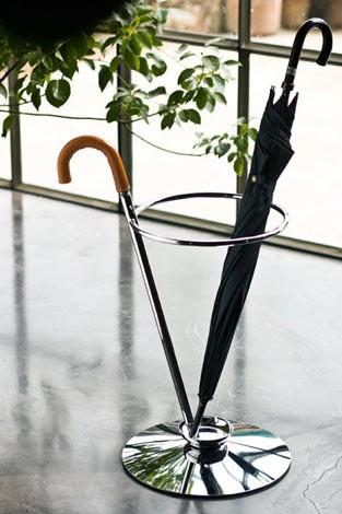 Porte parapluie d co maison for Porte parapluie exterieur