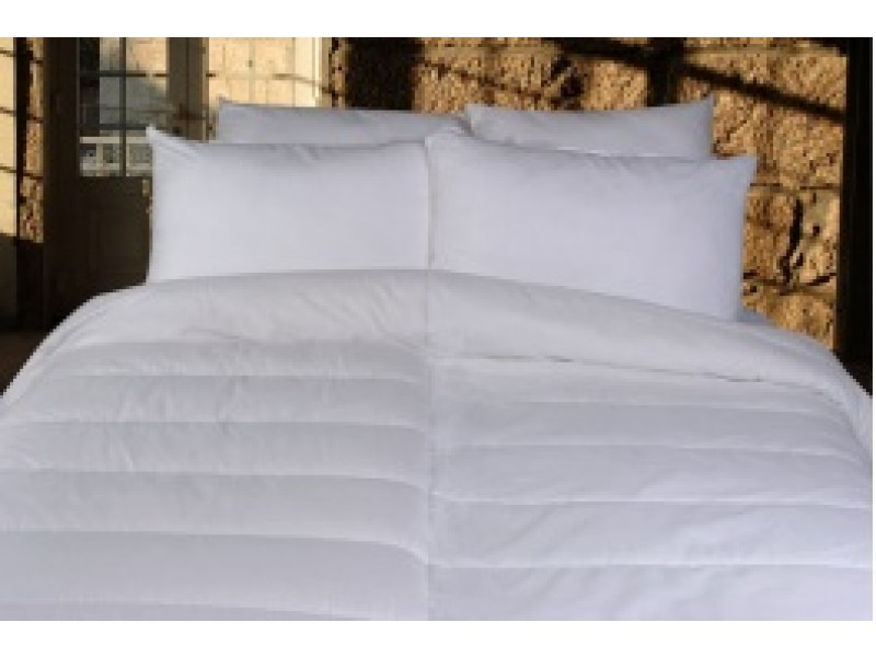 couette bi thermique. Black Bedroom Furniture Sets. Home Design Ideas