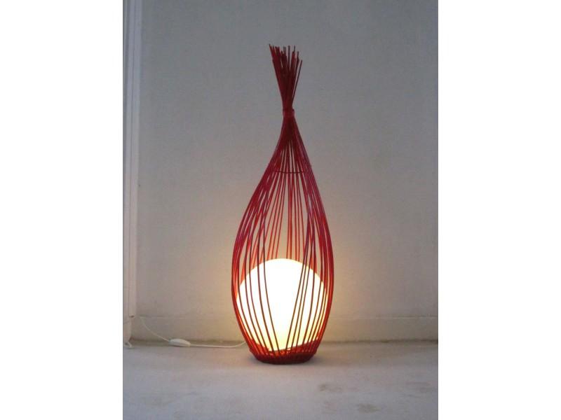 Luminaire l 39 oeuf rouge d co maison for Luminaire rouge